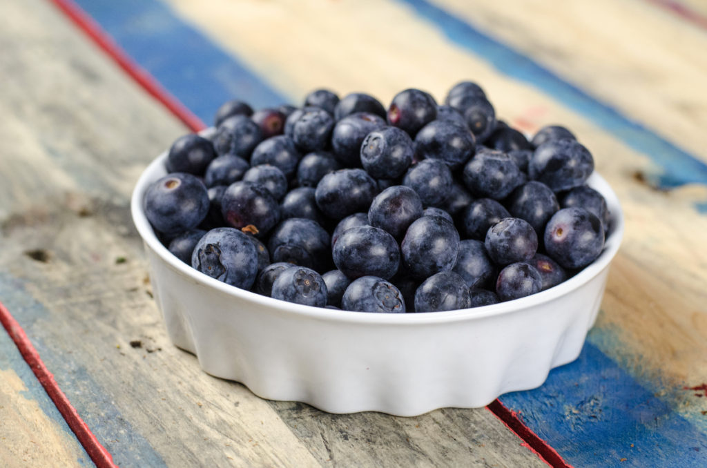 Eating Whole Foods - Blueberries - Jennifer Ledford - Certified Personal Trainer